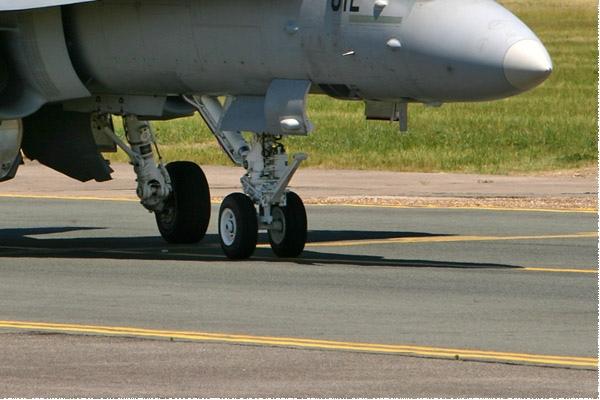 Photo#1403-4-McDonnell Douglas F/A-18C Hornet