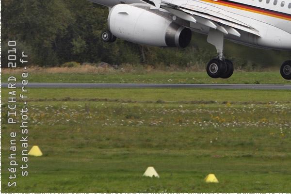 Photo#1351-3-Airbus A319-100 CJ