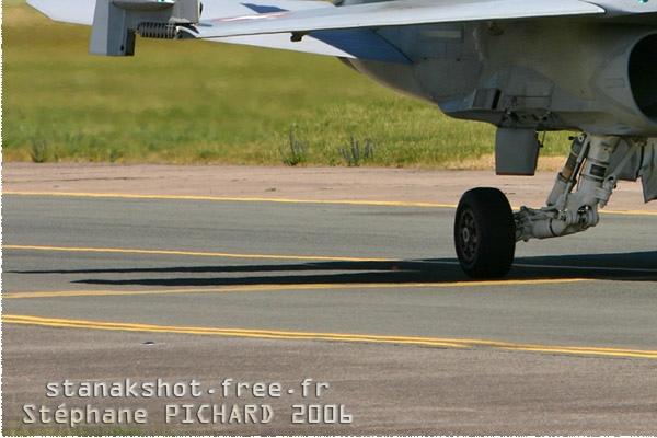 Photo#1403-3-McDonnell Douglas F/A-18C Hornet