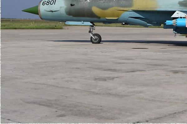 Photo#1526-3-Mikoyan-Gurevich MiG-21MF-75 LanceR A