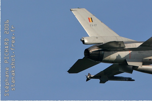Photo#1884-3-General Dynamics F-16AM Fighting Falcon