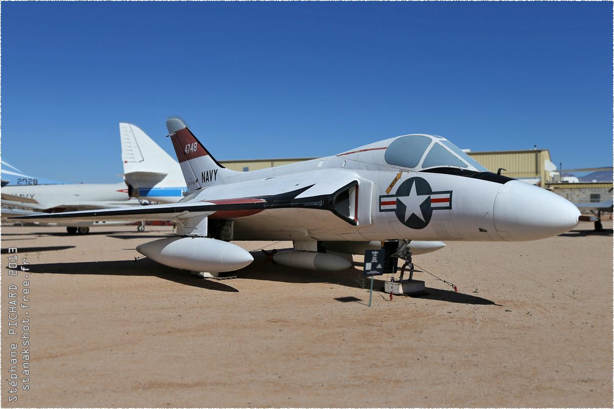 tof#10111 Skyray de la Marine américaine au statique à Pima Air & Space Museum, Tucson ()