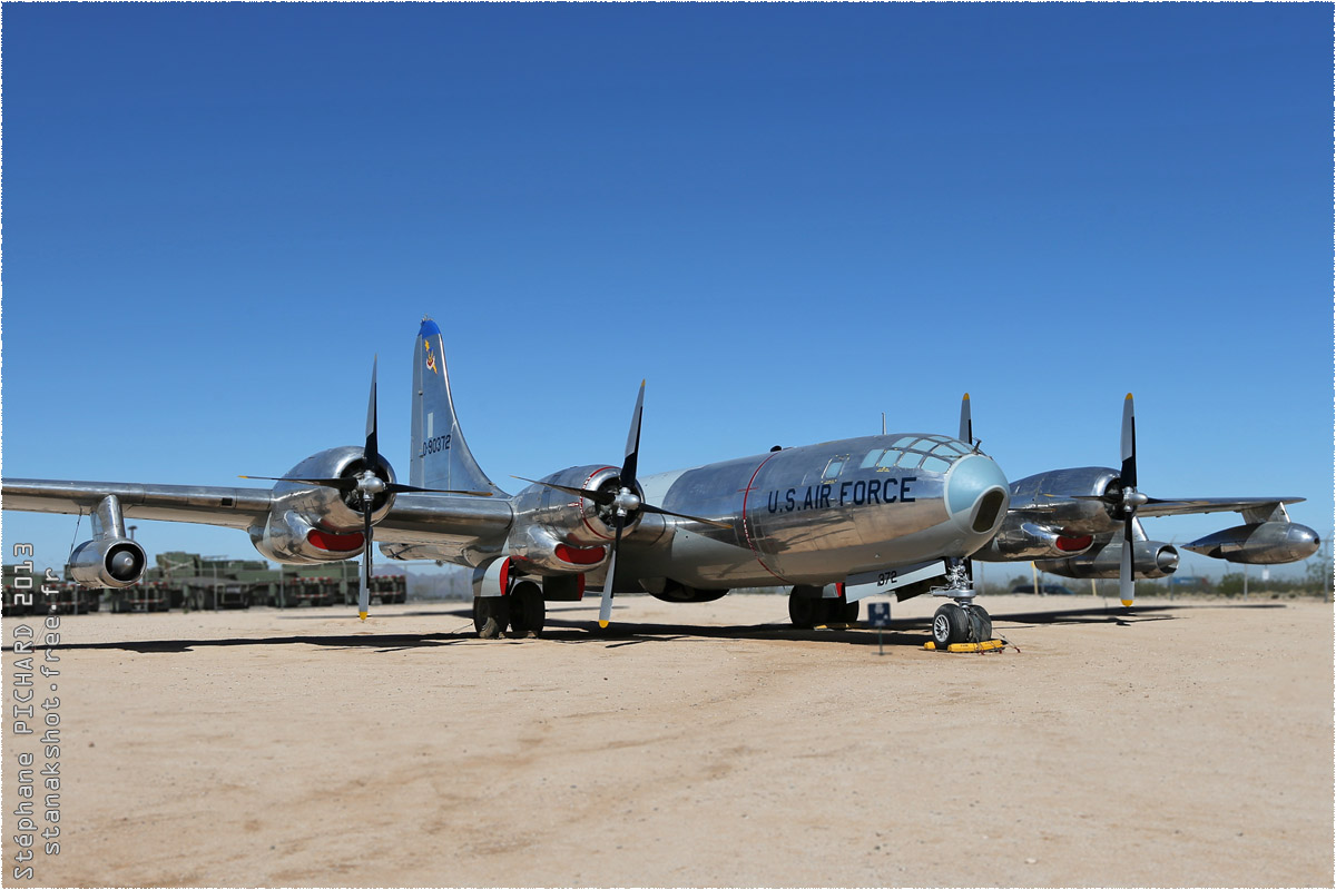 tof#10141 B-29 de l'US Air Force au statique à Davis-Monthan (AZ, USA) en 2013 Pima