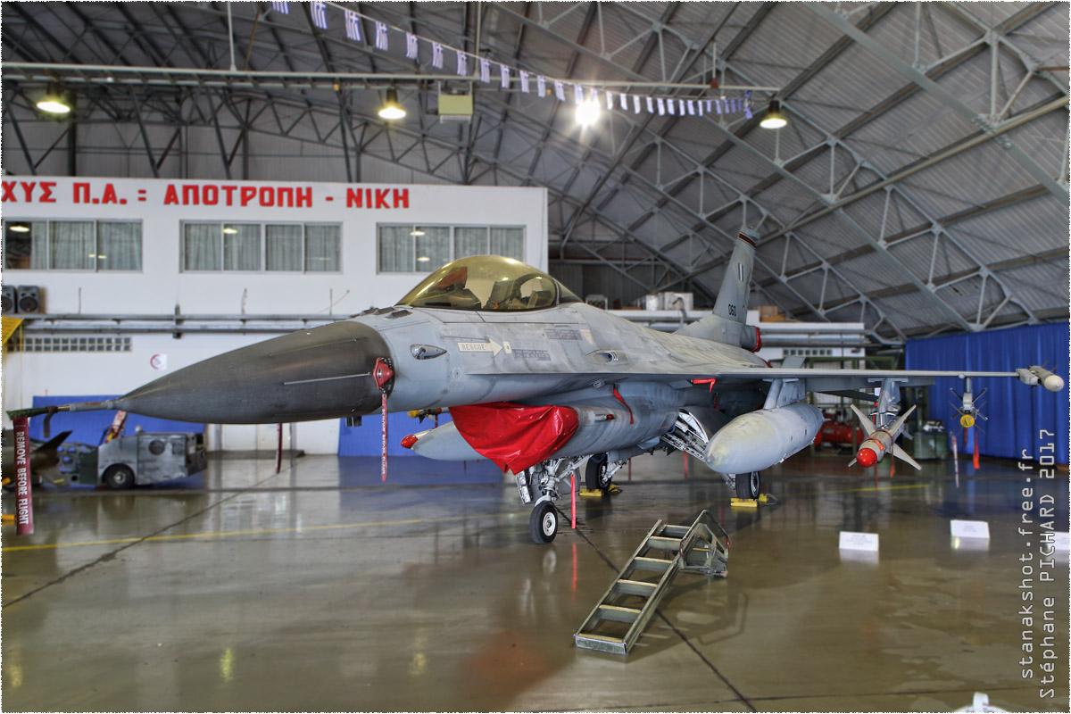 tof#10207 F-16 de la Force aérienne grecque au statique à Nea Anchialos (GRC) en 2017