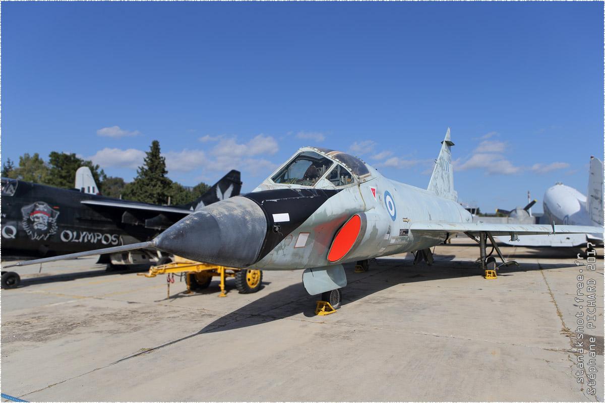 tof#10246_F-102_de la Force aérienne grecque
