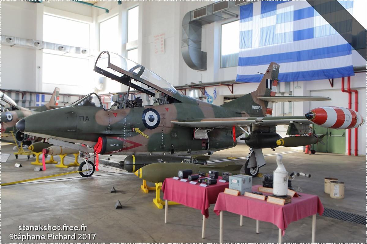 tof#10303_T-2_de la Force aérienne grecque