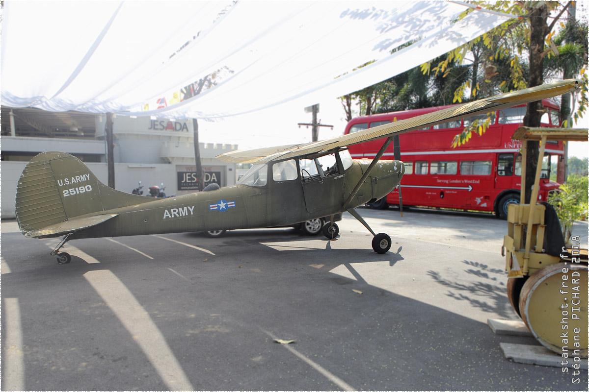 tof#10383 L-19 enregistré en Thaïlande au statique à Nakhon Chaisri (Thaïlande)