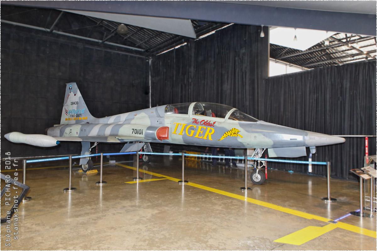 tof#10423_F-5_de la Force aérienne royale thaïlandaise