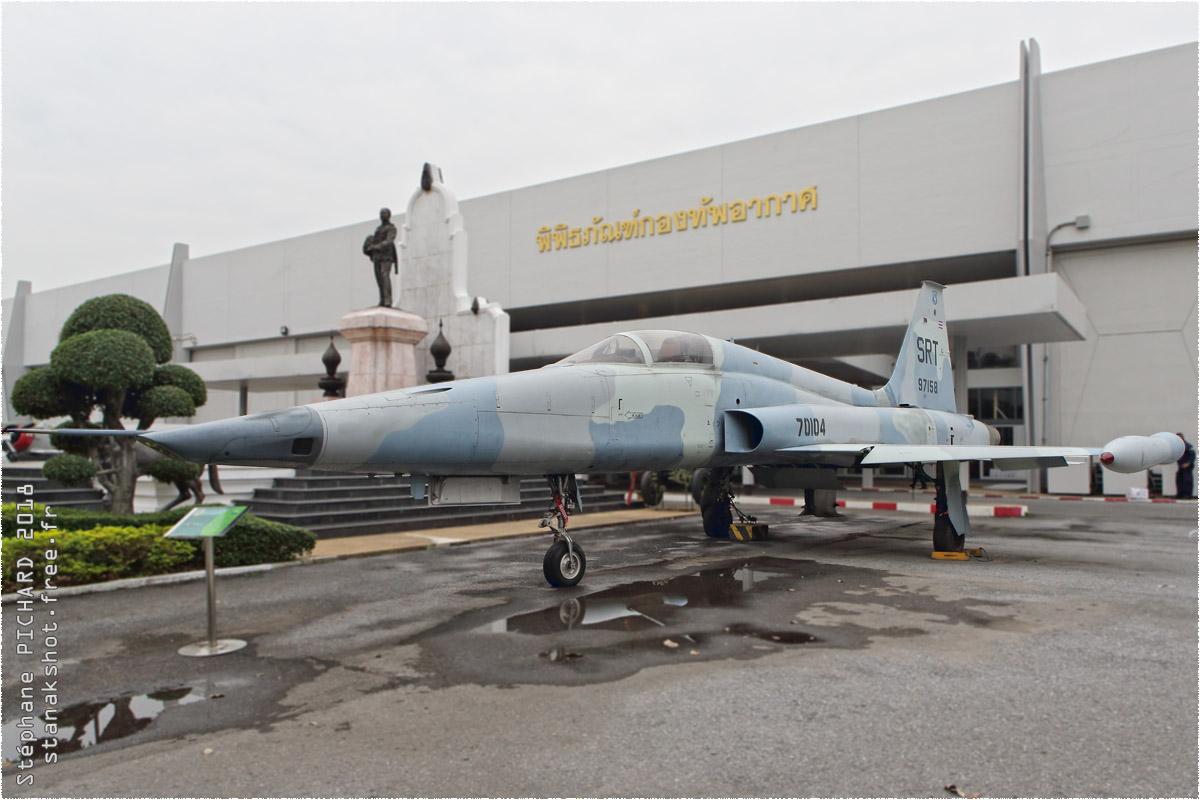tof#10452 F-5 de la Force aérienne royale thaïlandaise au statique à Bangkok (THA) en 2018