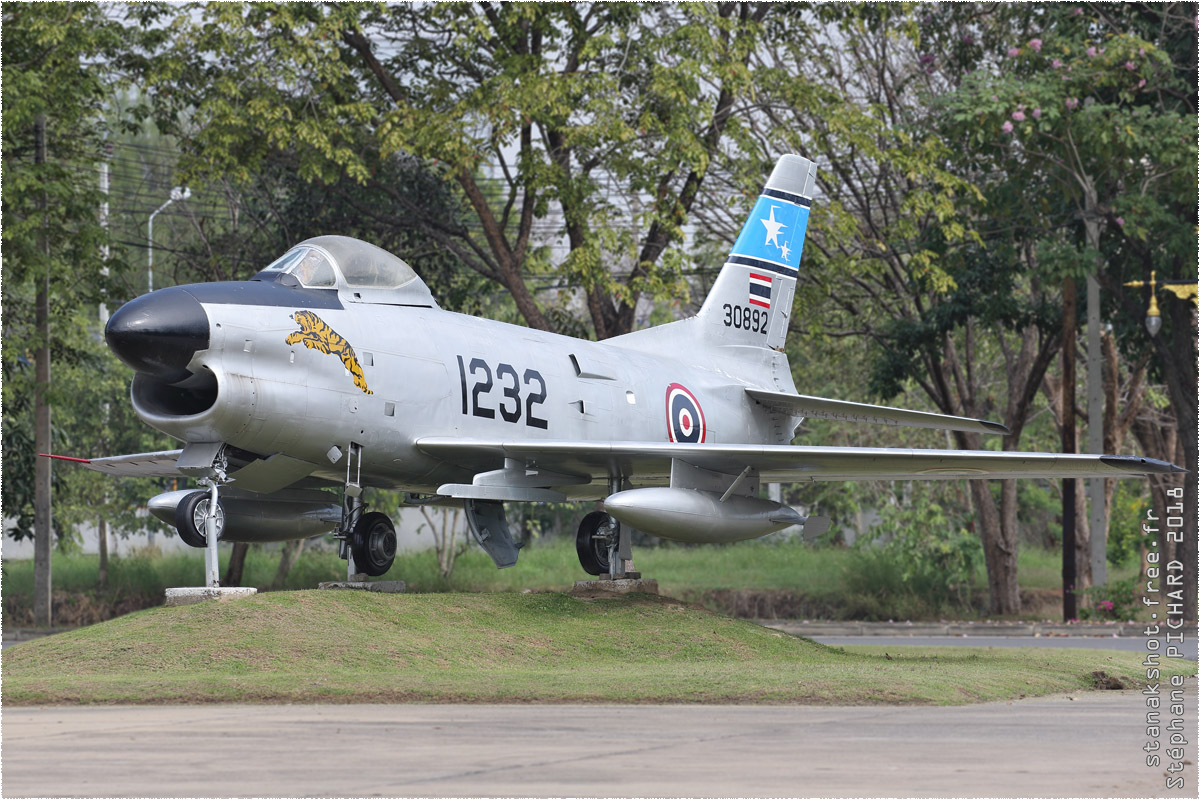 tof#10499_F-86_de la Force aérienne royale thaïlandaise