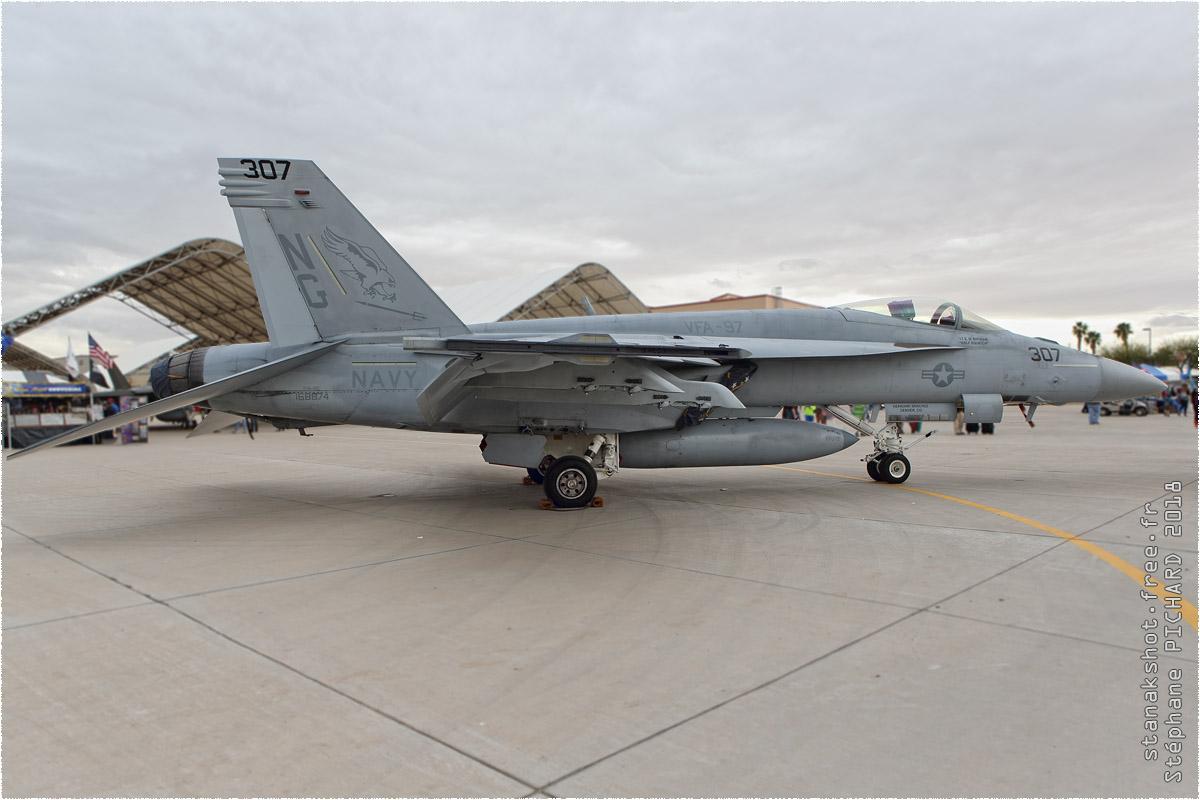 tof#10565_F-18_de la Marine américaine
