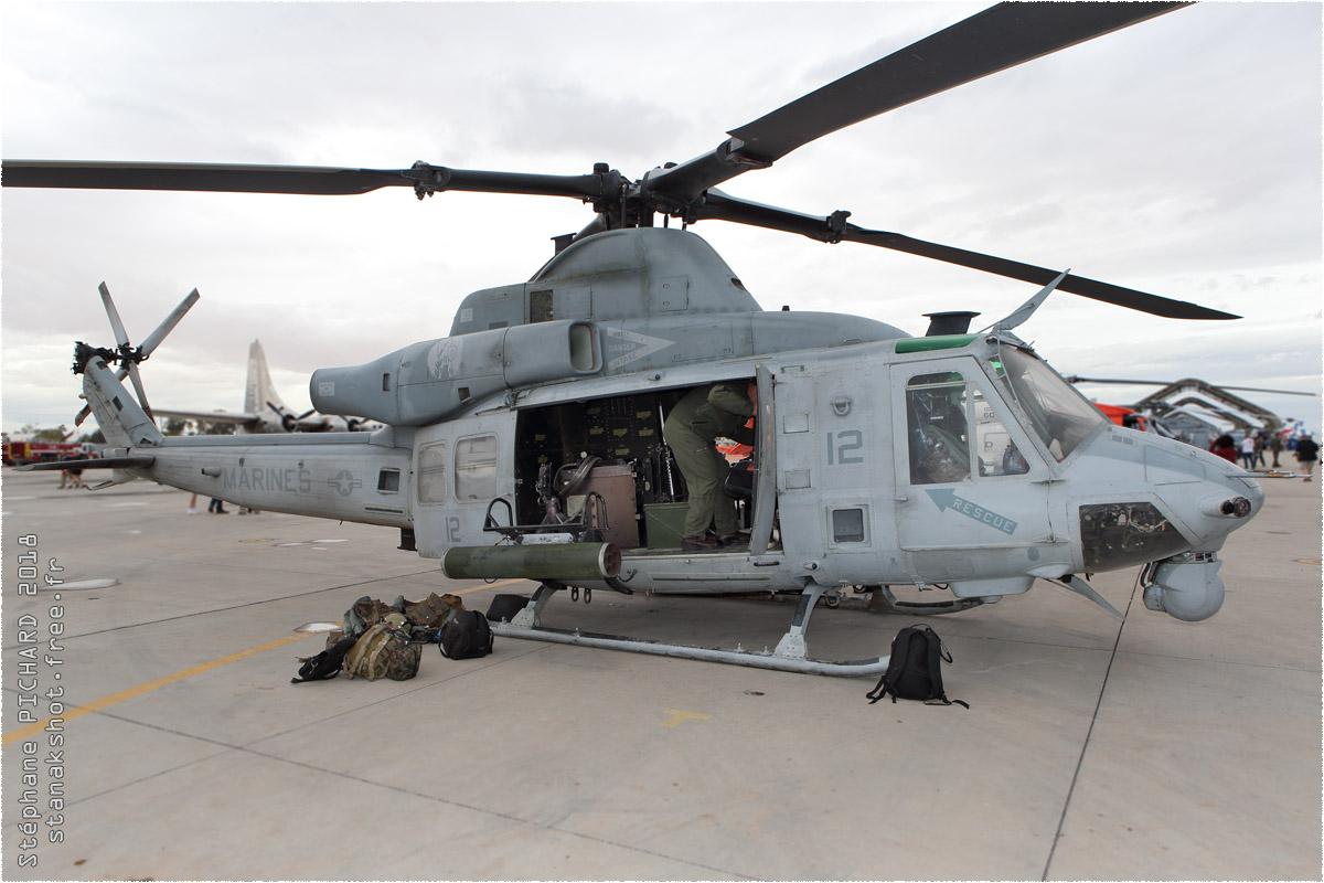 tof#10572 Bell 212 du Corps des Marines américain au statique à El Centro (CA, USA) en 2018