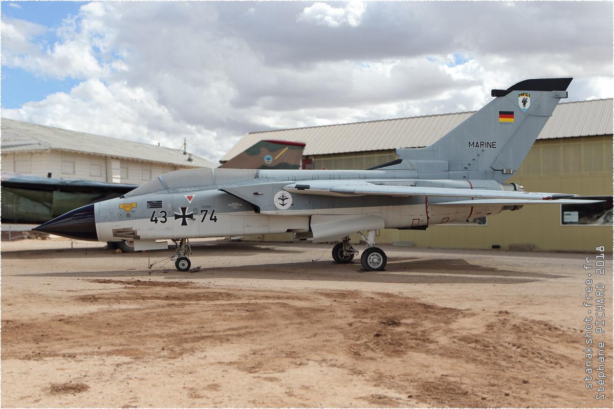 tof#10669 Tornado enregistré aux USA au statique à Pima Air & Space Museum, Tucson ()