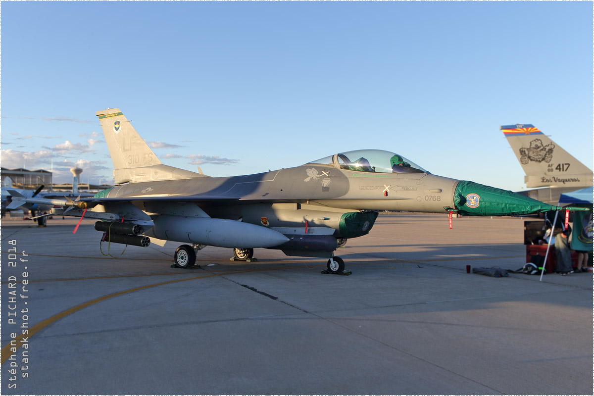 tof#10896 F-16 de l'US Air Force au statique à Luke (AZ, USA) en 2018
