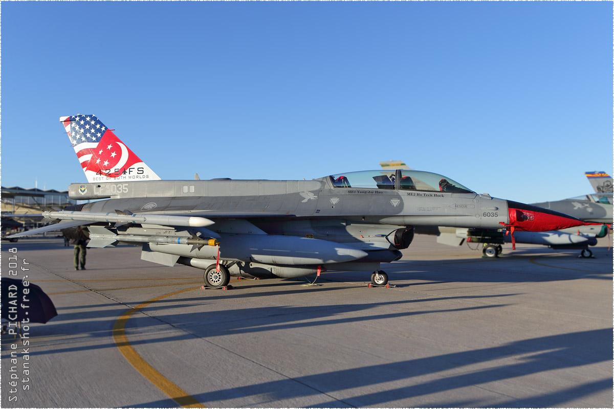 tof#10899 F-16 de la Force aérienne de la République de Singapour au statique à Luke (AZ, USA) en 2018