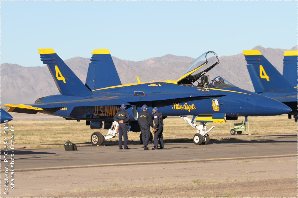 tof#10902_F-18_de la Marine américaine