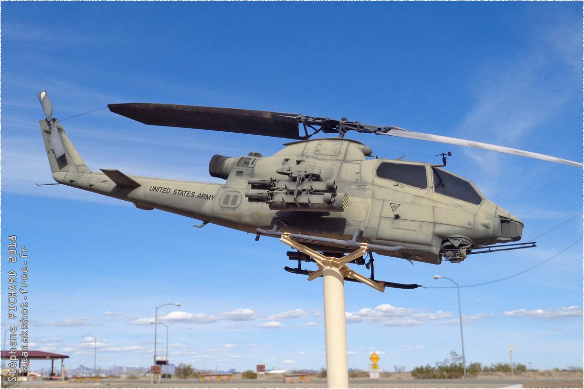 tof#10958 Cobra de l'Armée de terre américaine au statique à Yuma (AZ, USA) en 2018
