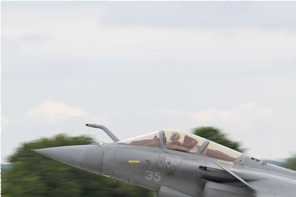 10029a-Dassault-Rafale-M-France-navy