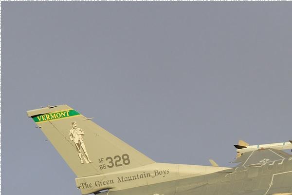 Photo#10725-1-General Dynamics F-16C Fighting Falcon
