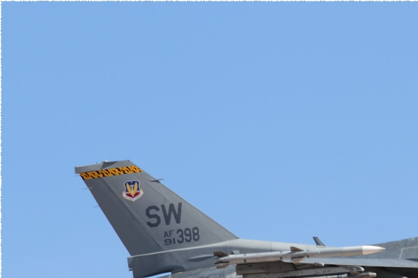 10754a-General-Dynamics-F-16C-Fighting-Falcon-USA-air-force
