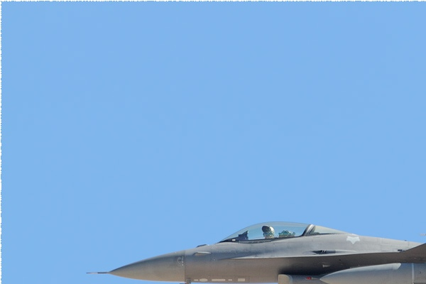 10755a-General-Dynamics-F-16C-Fighting-Falcon-USA-air-force