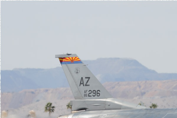 Photo#10815-1-General Dynamics F-16C Fighting Falcon