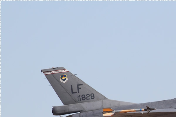 Photo#10948-1-Lockheed F-16B Fighting Falcon
