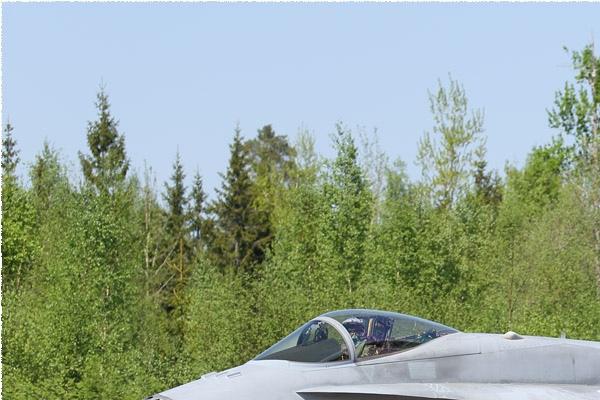 Photo#10967-1-McDonnell Douglas F-18C Hornet