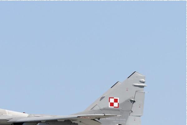 Photo#10009-2-Mikoyan-Gurevich MiG-29A