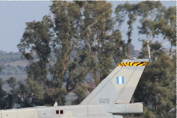 Photo#10320-2-Lockheed Martin F-16D Fighting Falcon