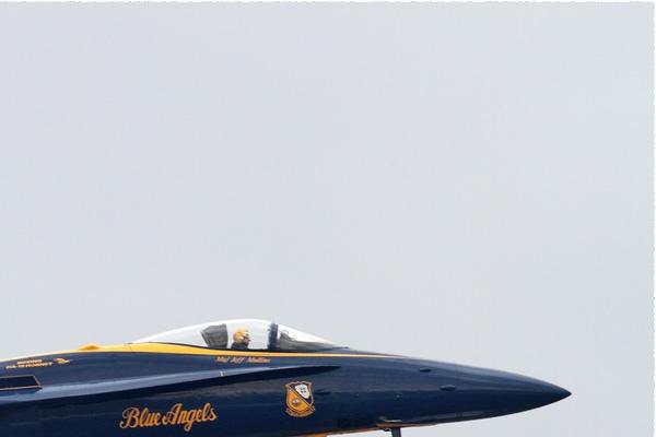 Photo#10558-2-McDonnell Douglas F/A-18C Hornet