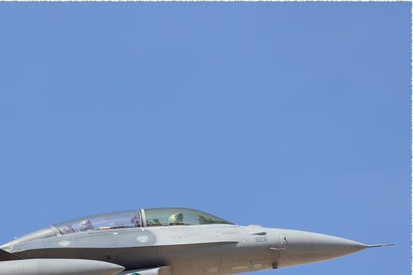 Photo#10759-2-General Dynamics F-16D Fighting Falcon