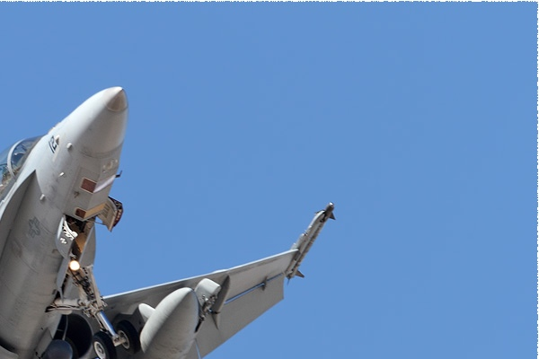 Photo#10764-2-McDonnell Douglas F/A-18D Hornet