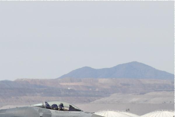 Photo#10817-2-General Dynamics F-16C Fighting Falcon