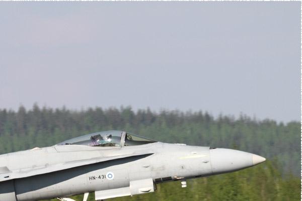 Photo#10991-2-McDonnell Douglas F-18C Hornet