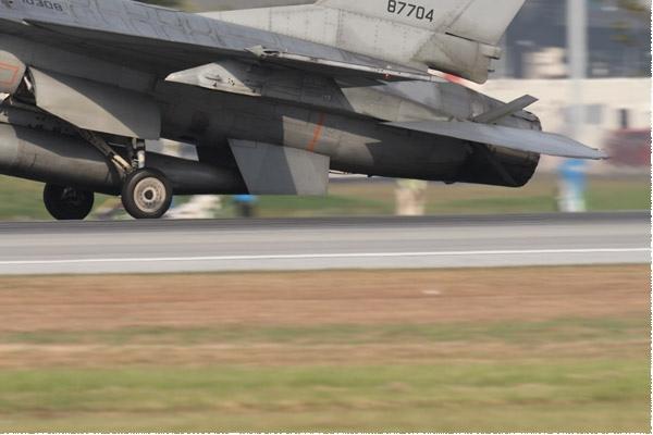 Photo#10514-4-General Dynamics F-16A Fighting Falcon