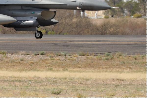 Photo#10815-4-General Dynamics F-16C Fighting Falcon