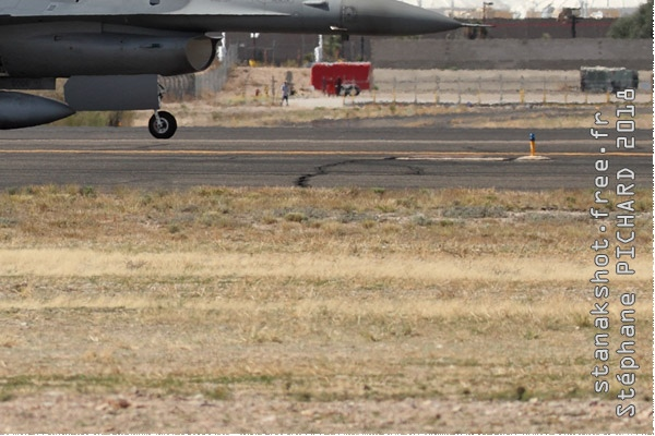 Photo#10817-4-General Dynamics F-16C Fighting Falcon