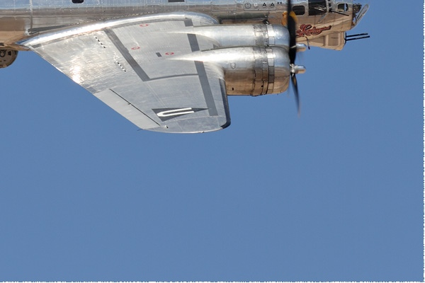 Photo#10875-4-Boeing B-17G Flying Fortress