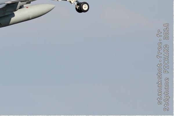 Photo#10988-4-McDonnell Douglas F-18C Hornet