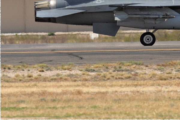 Photo#10818-3-General Dynamics F-16C Fighting Falcon