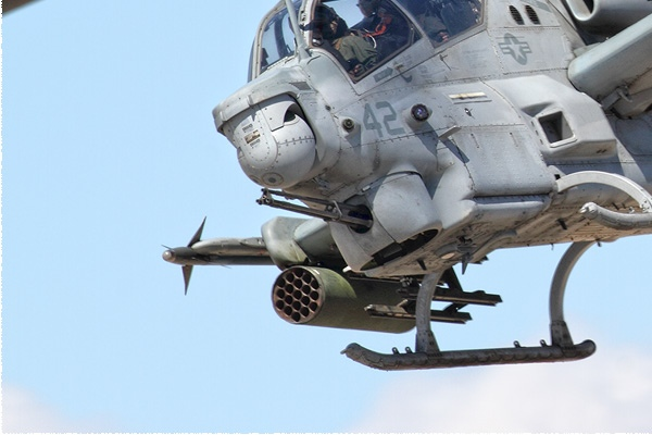 Photo#10837-3-Bell AH-1Z Viper