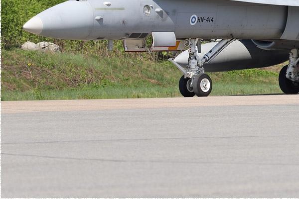 Photo#10967-3-McDonnell Douglas F-18C Hornet