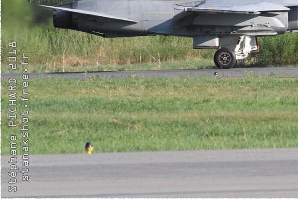 Photo#10969-3-McDonnell Douglas F-18C Hornet