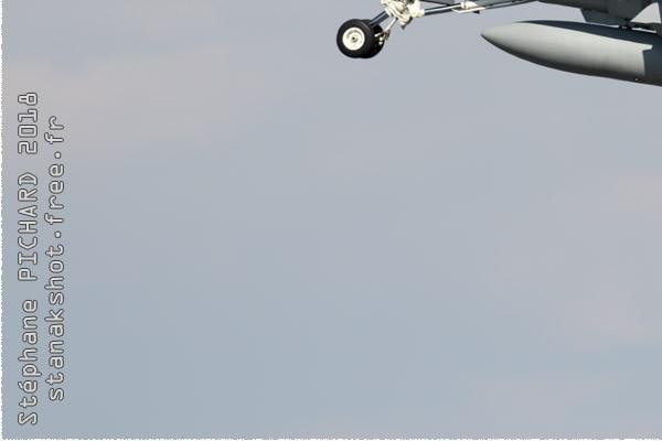Photo#10993-3-McDonnell Douglas F-18C Hornet