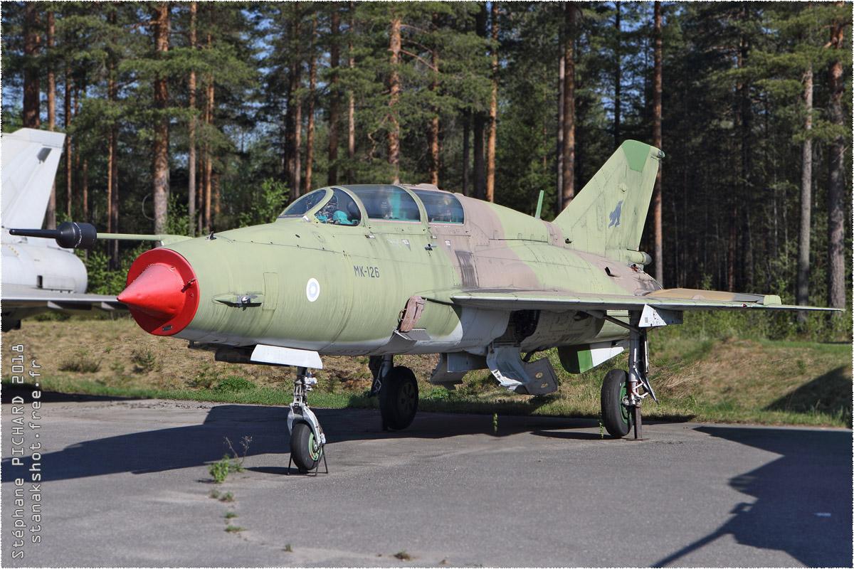 tof#11015 MiG-21 de la Force aérienne finlandaise au statique à Jyväskylä (FIN) en 2018
