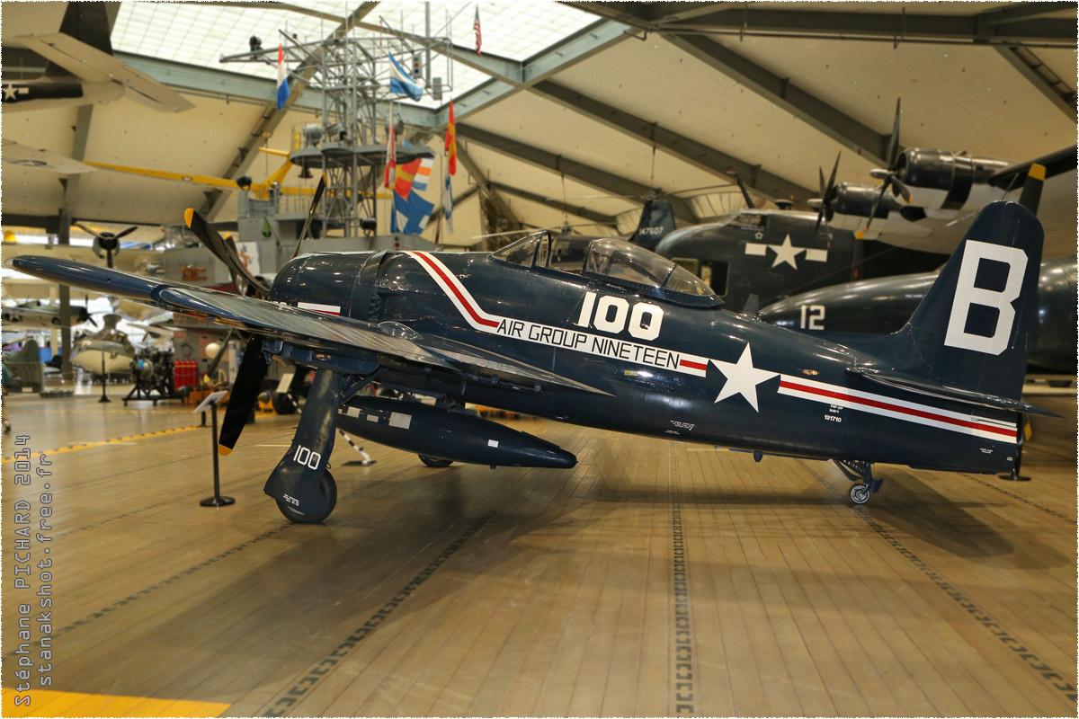 tof#11050_F8F_de la Marine américaine