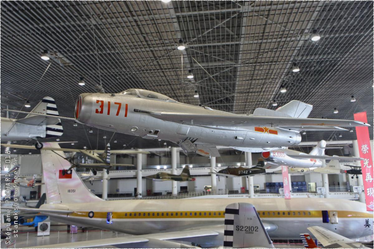 tof#11372_MiG-19_