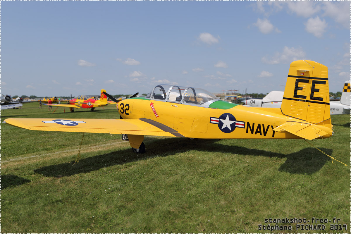 tof#11723 T-34 enregistré aux USA au statique à Oshkosh (WI, USA) en 2019