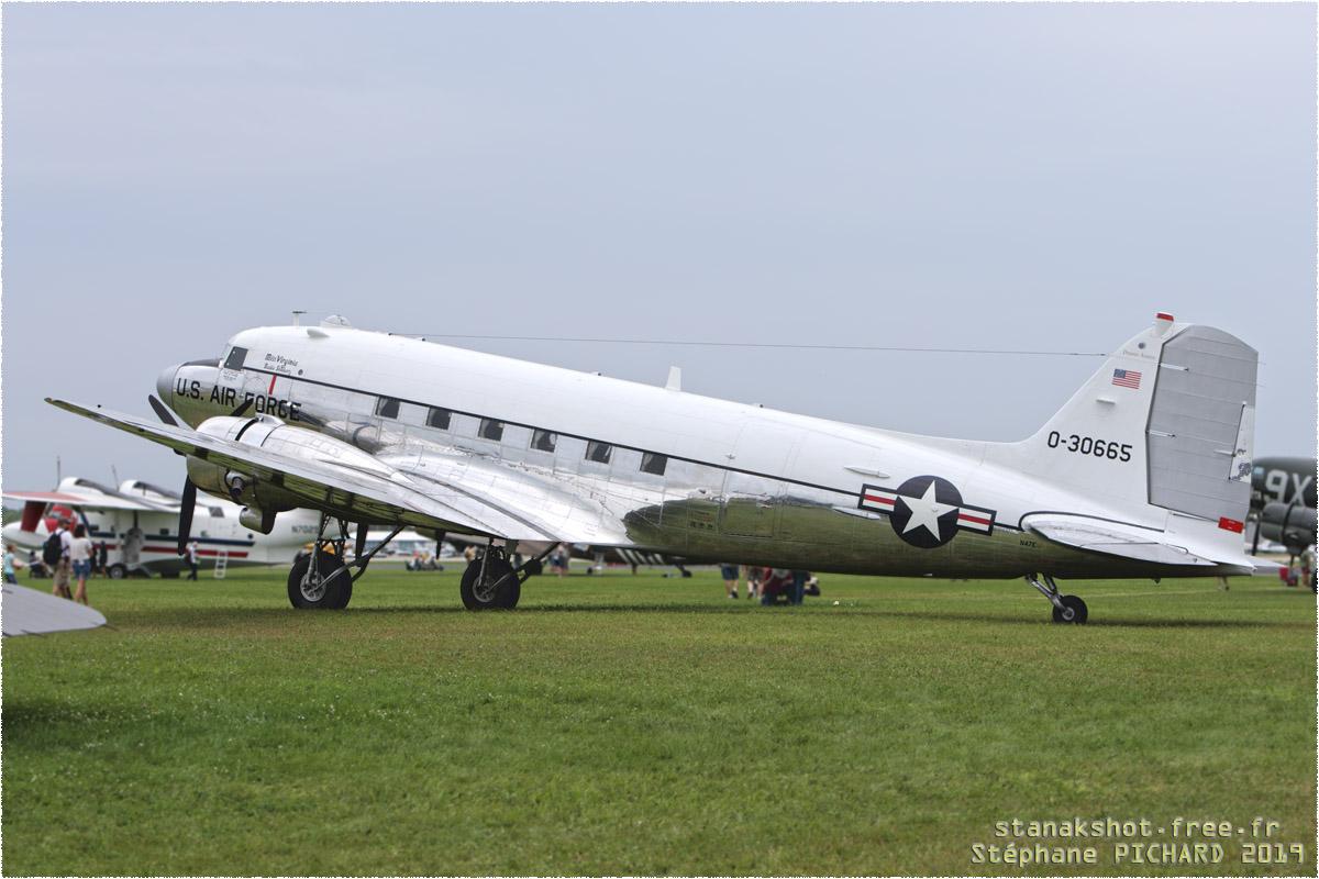 tof#11755_DC-3_enregistré aux USA